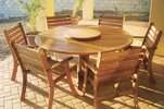 1.5 Round Table Lagune Chairs